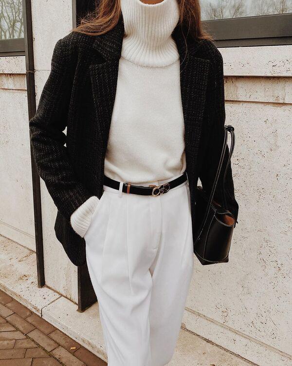 Thay liên tục toàn đồ đen trắng trong một clip, gu ăn mặc của Hồng Diễm như dần thăng hạng - 23