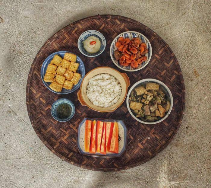 Cơm độc thân gái đảm, mỗi bữa 6 món ăn, chỉ từ 30-50k/ngày vì lý do đặc biệt - 3