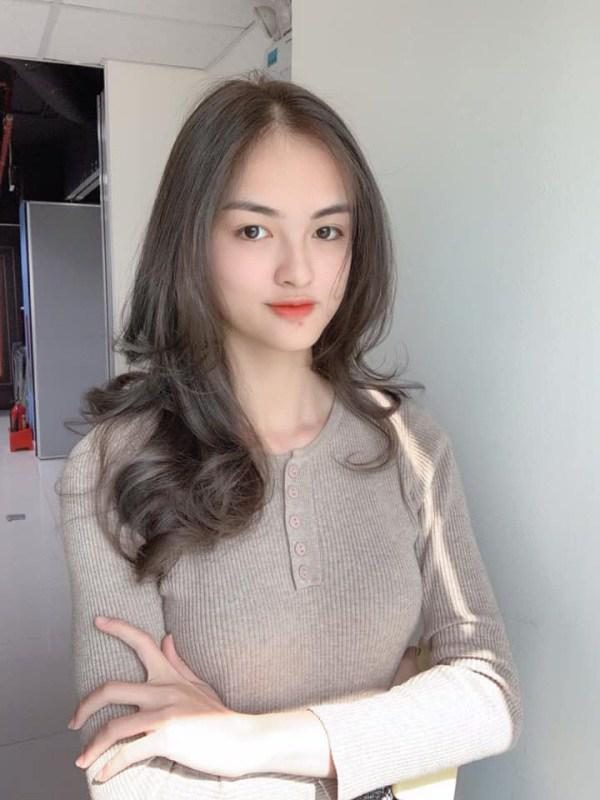 Cận cảnh nhan sắc đẹp như tranh của thí sinh thấp nhất Hoa hậu Việt Nam 2020 - 7