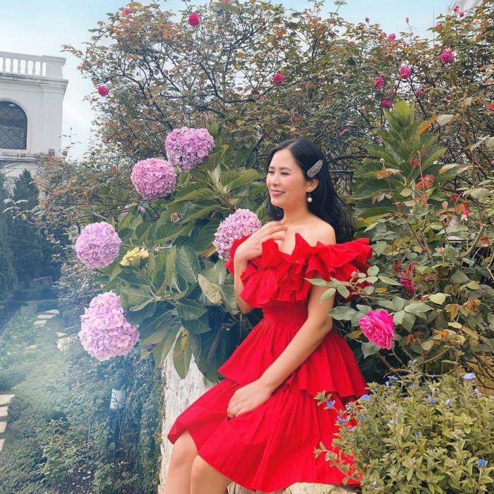 Khách đến nhà hoa mắt vì món cơm cuộn hình hoa cực xinh của mẹ đảm Hà Nội - 1