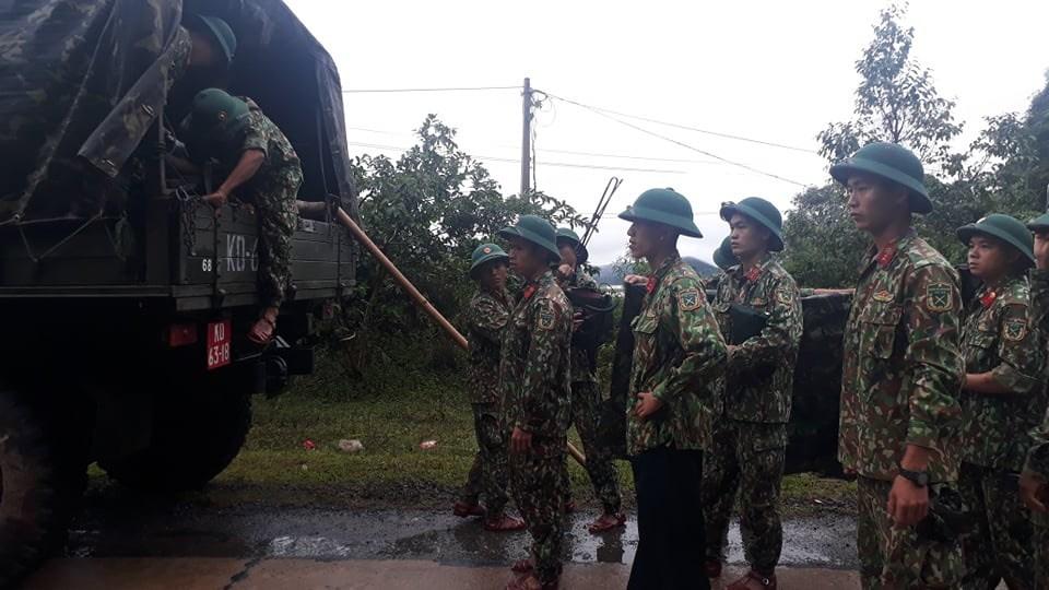 Nóng: Sạt lở đất khiến khoảng 20 cán bộ, chiến sĩ thuộc sư đoàn 337 nghi bị vùi lấp - 6