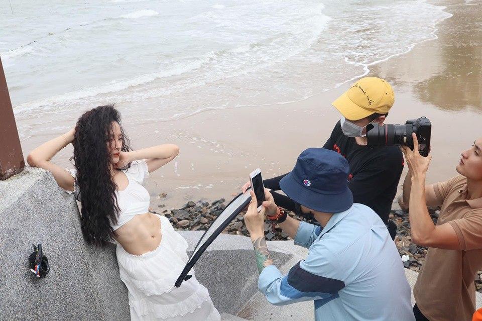 Chuyển sang ăn chay trường, Angela Phương Trinh vẫn giữ đẹp chiếc bụng múi vạn người mê - 6