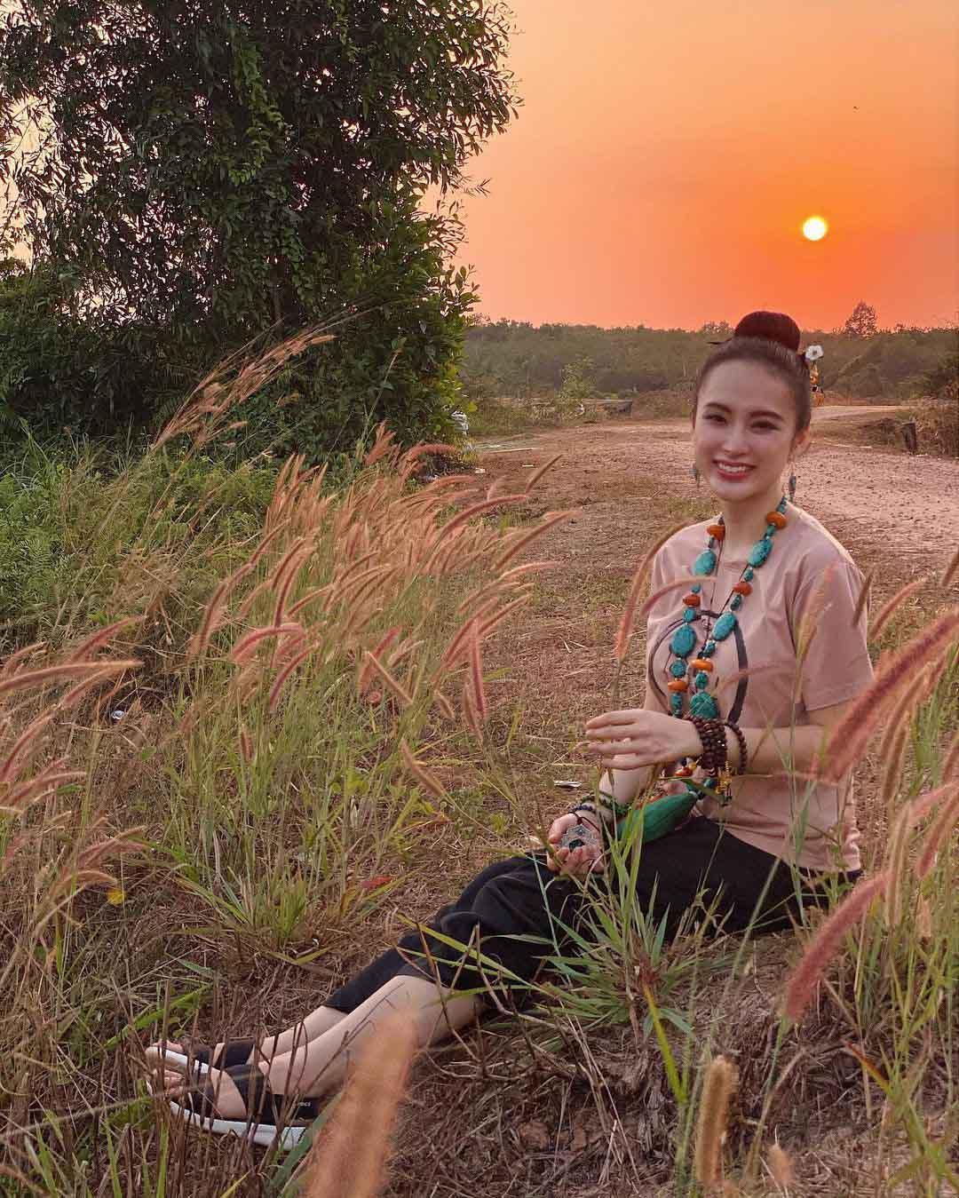 Chuyển sang ăn chay trường, Angela Phương Trinh vẫn giữ đẹp chiếc bụng múi vạn người mê - 3