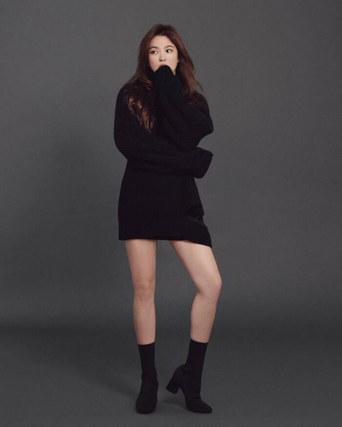 Chân ngắn một mẩu, U40 Song Hye Kyo vẫn mê diện mốt quần tàng hình đẹp vượt mặt gái 20-2