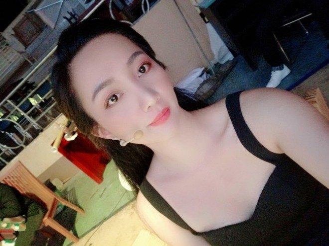 Quá nóng bỏng, 4 cô vợ của sao Việt bị gạ gẫm, giả mạo tài khoản Facebook để amp;#34;đi kháchamp;#34; - 12
