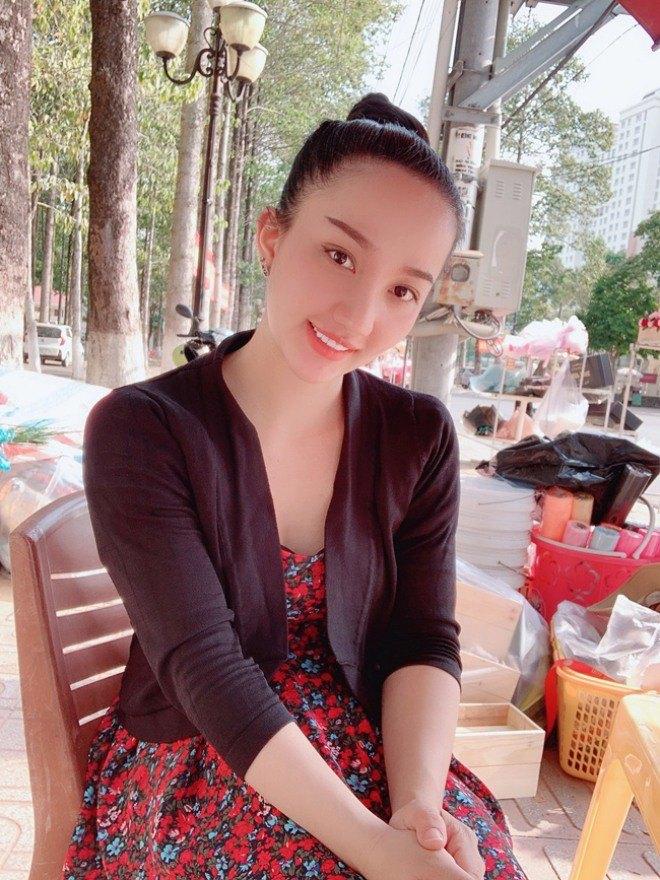 Quá nóng bỏng, 4 cô vợ của sao Việt bị gạ gẫm, giả mạo tài khoản Facebook để amp;#34;đi kháchamp;#34; - 14