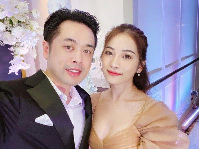 Quá nóng bỏng, 4 cô vợ của sao Việt bị gạ gẫm, giả mạo tài khoản Facebook để amp;#34;đi kháchamp;#34; - 17