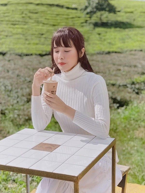 Biến đổi mái tóc một chút, Cao Thái Hà đánh mất hình tượng ngọc nữ điệu đà, sang trọng - 5