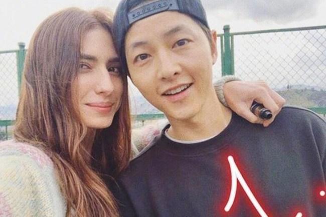 Hậu ly hôn Song Hye Kyo, Song Joong Ki amp;#34;đen đủ đườngamp;#34;, phim 500 tỷ không thể ra rạp - 6