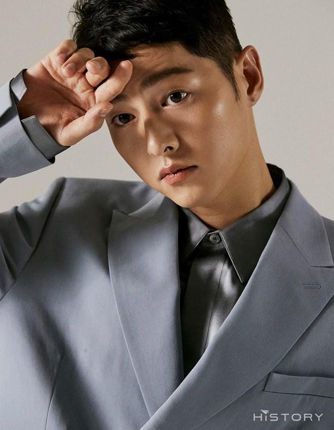 Hậu ly hôn Song Hye Kyo, Song Joong Ki amp;#34;đen đủ đườngamp;#34;, phim 500 tỷ không thể ra rạp - 3