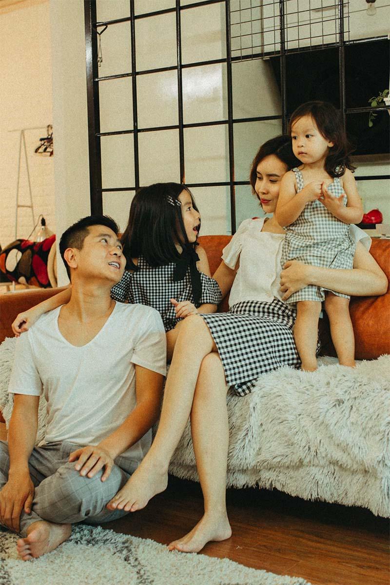 Nhà có hai nàng tiên, Lưu Hương Giang mất cả tiếng hội ý để mặc đồ đồng điệu cùng con - 5