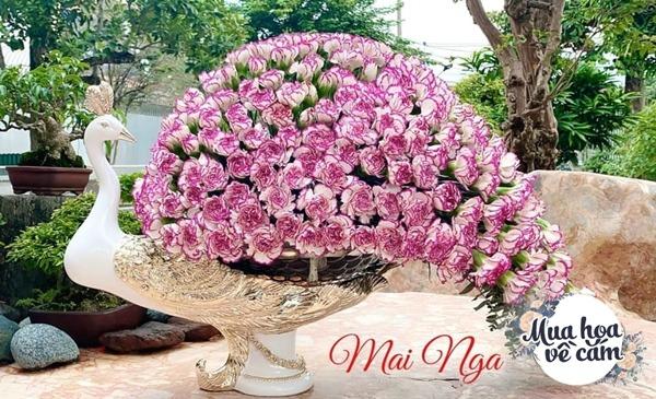"""Mẹ Việt tự tay cắm hoa 20/10, nhìn đến ảnh chim công, dân mạng thốt lên """"nức nở"""" - 24"""