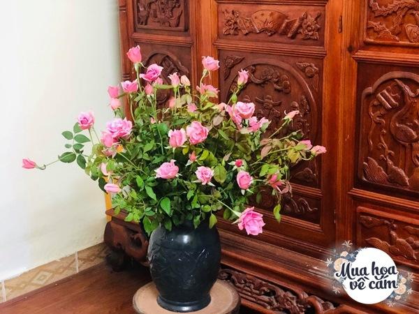 """Mẹ Việt tự tay cắm hoa 20/10, nhìn đến ảnh chim công, dân mạng thốt lên """"nức nở"""" - 11"""