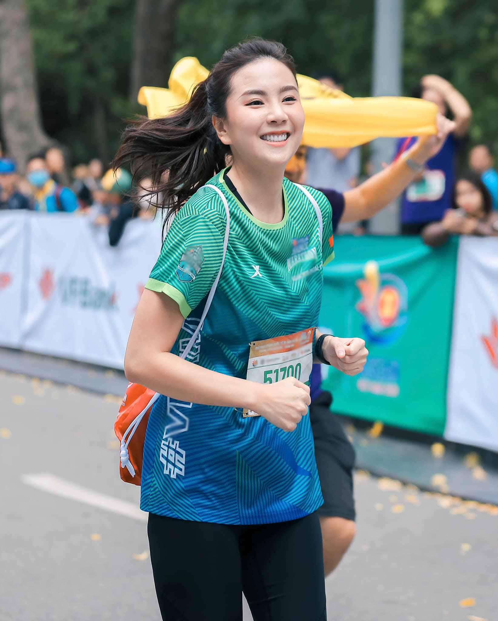 Khi Hoa hậu nhà Đài đọ sắc cùng Hoa hậu Việt Nam: lạ đời thắng thế là bên lớn tuổi - 1