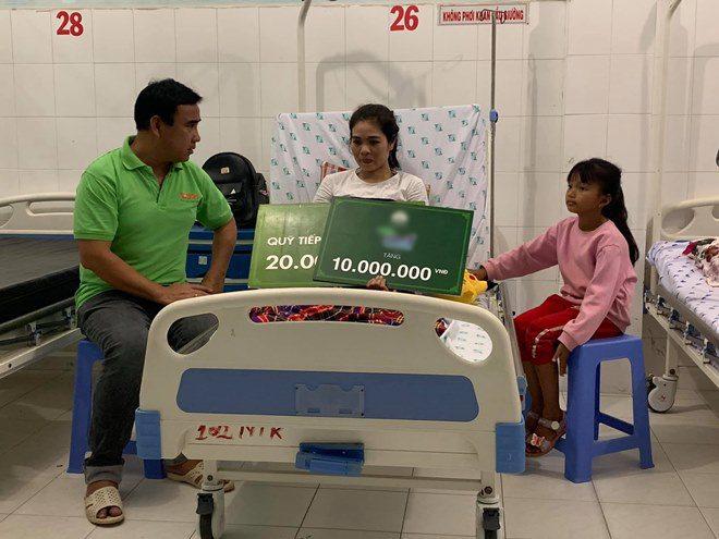 Sao Việt 24h: Hamp;#39;Hen Niê khóc giàn giụa khi bị chỉ trích amp;#34;keo kiệtamp;#34; vì ủng hộ 50 triệu đồng - 10