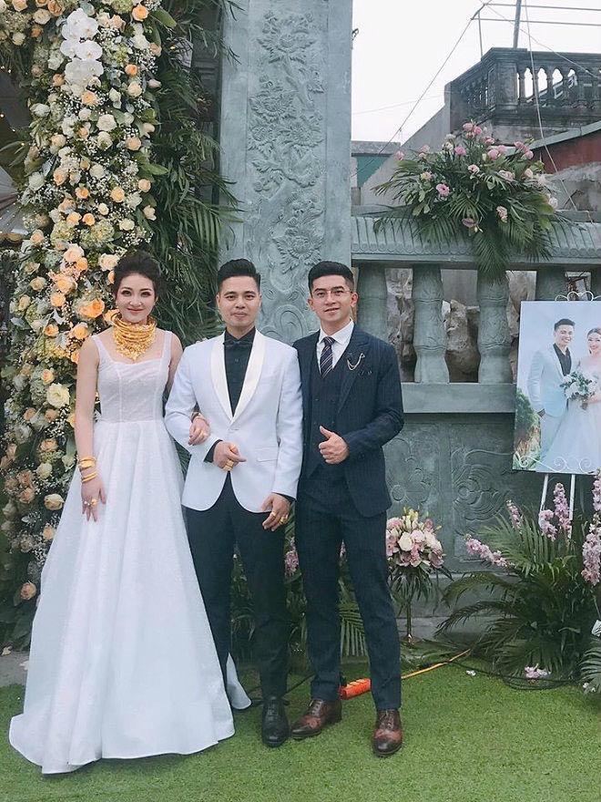 """""""Cô dâu 200 cây vàng"""" được chồng mừng tiệc 20/10 hoàng tráng, nhan sắc hiện tại gây bất ngờ - 1"""