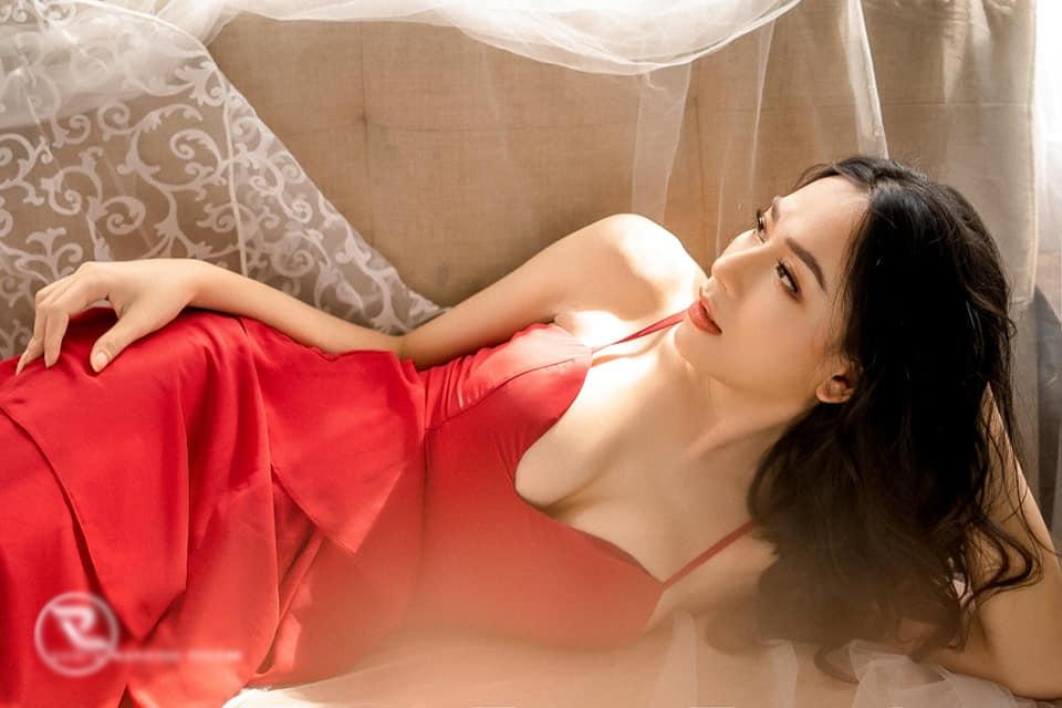 Xuất hiện bản sao Hương Giang thi Hoa hậu Chuyển giới: đủ combo da trắng, mặt xinh - 4