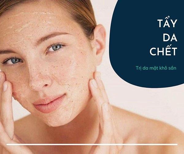 Tạm biệt lớp da bong tróc kém sắc với các cách trị da mặt khô sần đơn giản này - 5