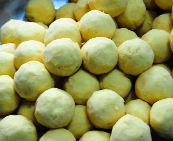 Cách làm bánh sắn thơm ngon cực đơn giản tại nhà - 13