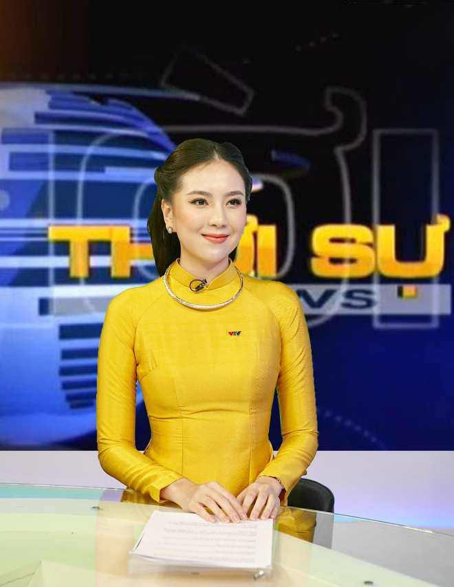 MC Mai Ngọc gặp sự cố vã mồ hôi khi lên sóng trực tiếp bản tin 50 phút - 3