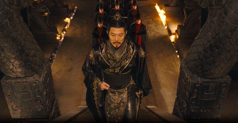 Tại sao Tần Thủy Hoàng là vị vua duy nhất mặc áo long bào đen? - 1
