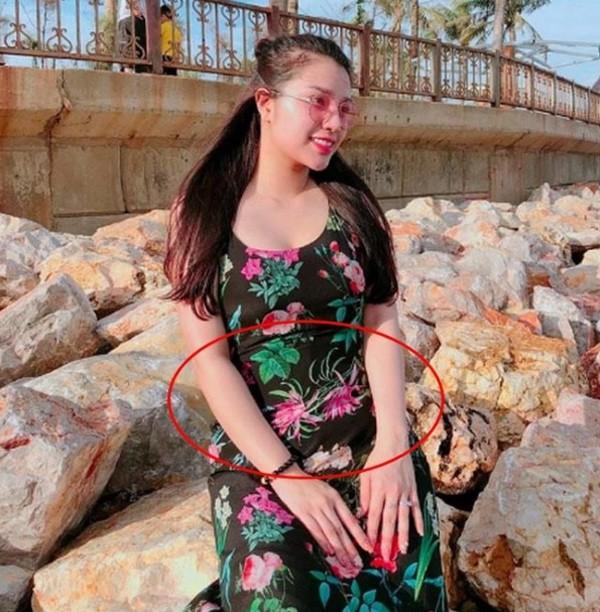 Hội các nàng Wags Việt sau sinh: Ai cũng hóa mỹ nhân, chỉ một người mãi vẫn béo ú - 11