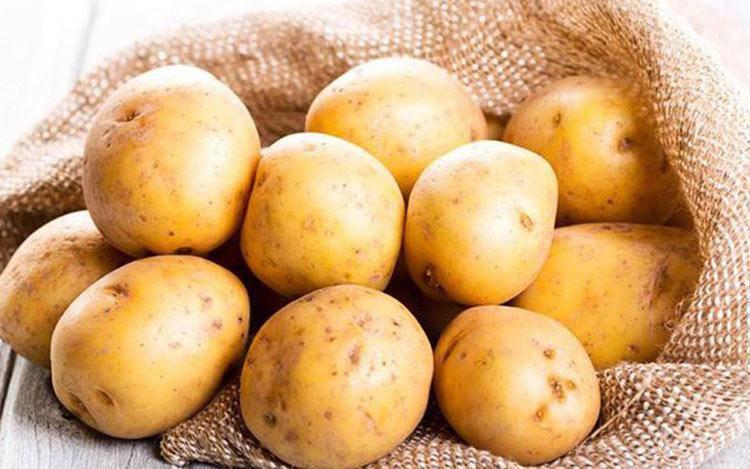 Gọt thật sạch vỏ của 8 loại thực phẩm này trước khi ăn bởi chúng sẽ trở thành chất độc - 2