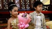 Cô dâu mới 6 tuổi đã lấy chồng, biết danh tính chú rể và của hồi môn càng sốc hơn