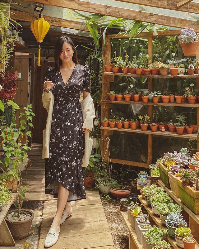 Diện váy xuyên thấu khoét bạo, Lương Thuỳ Linh khoe vòng một đẹp nhất làng Hoa hậu - 6