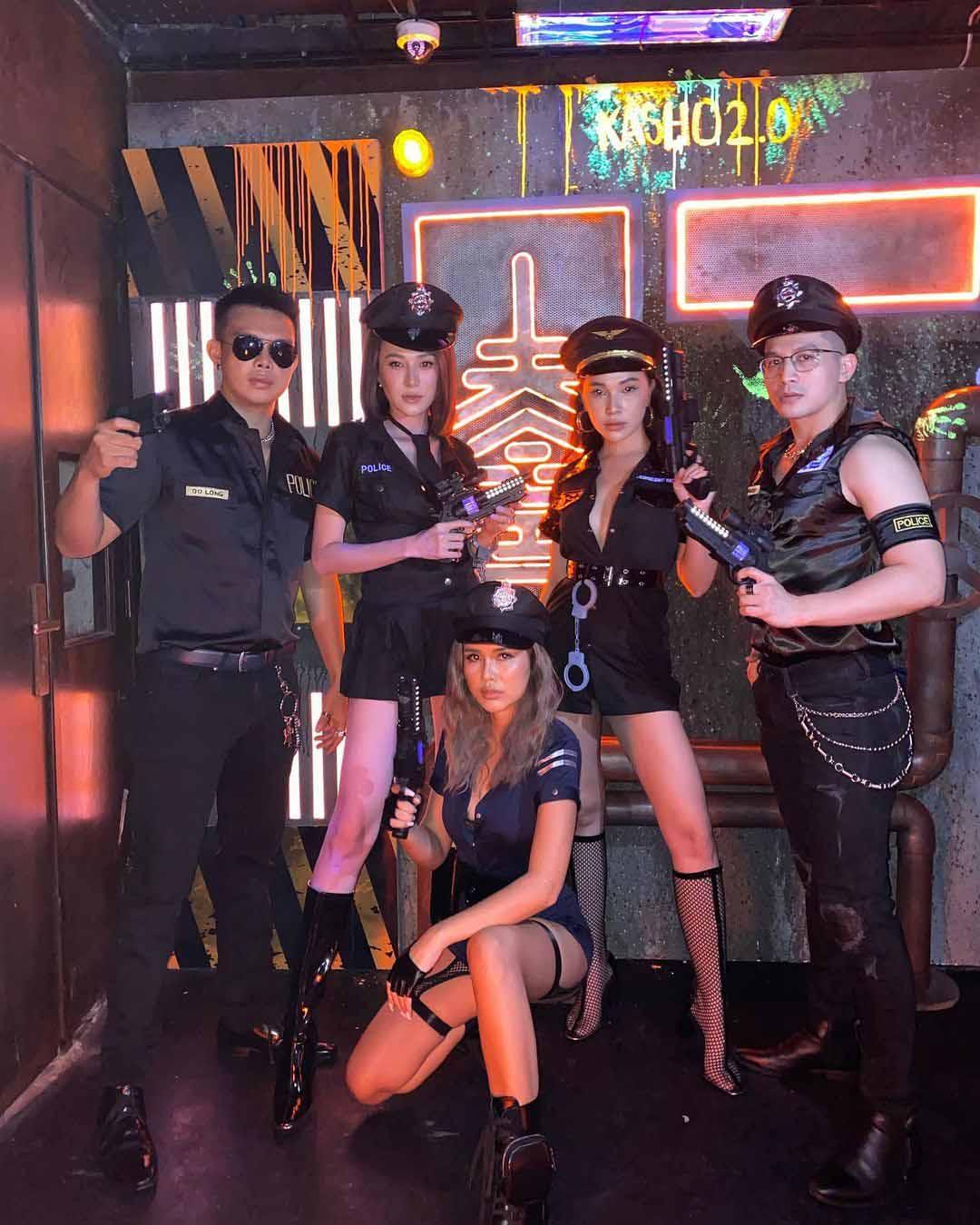 Sao Việt hoá trang Halloween: váy công chúa, đầm cắt bạo được tận dụng khoe triệt để body bốc lửa - 6