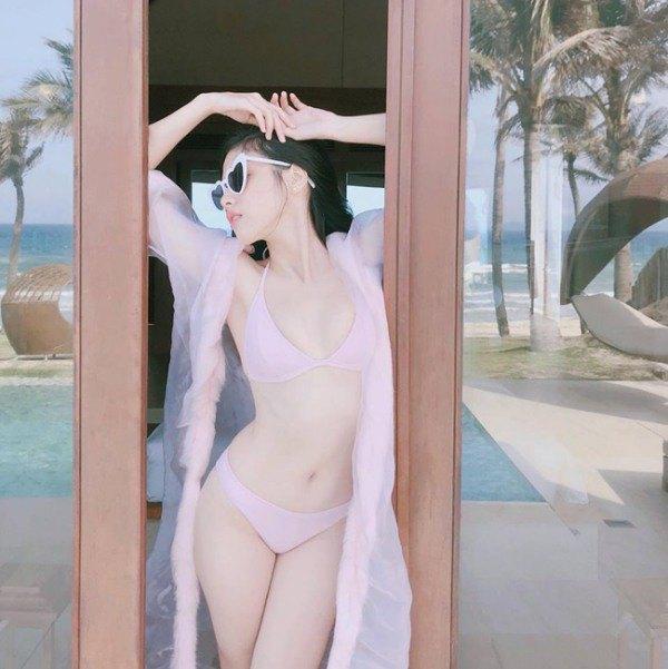 Mặc bộ váy nhìn như đang khoả thân, hot girl làm ai cũng hoảng hốt - 6