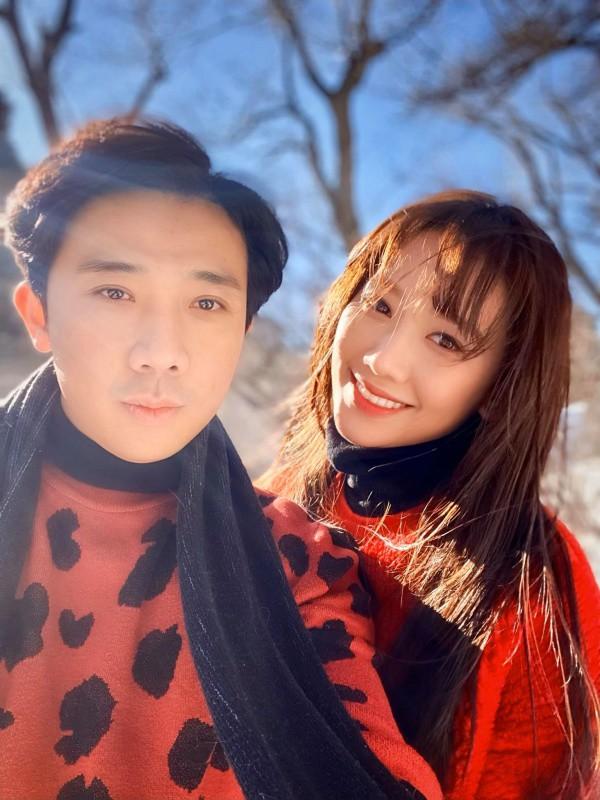 Cứ nhìn cách Hari Won diện váy đồng điệu với Trấn Thành, bảo sao được chồng siêu cưng chiều - 7