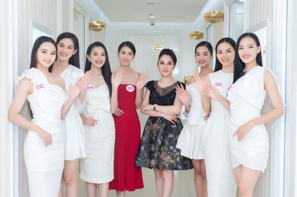 Chơi trội diện bikini 2 mảnh, 10X amp;#34;nổi bần bậtamp;#34; giữa dàn thí sinh Hoa hậu Việt Nam 2020 - 4