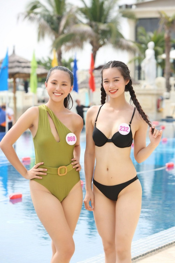 Chơi trội diện bikini 2 mảnh, 10X amp;#34;nổi bần bậtamp;#34; giữa dàn thí sinh Hoa hậu Việt Nam 2020 - 1