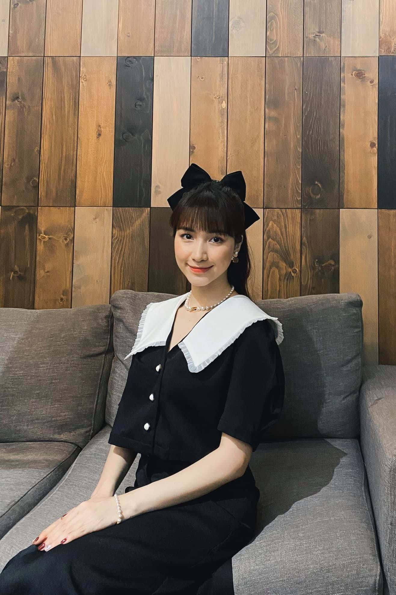 Ngày Công Phượng lấy vợ, Hoà Minzy không diện váy trắng vẫn đẹp lộng lẫy như nàng công chúa - 5