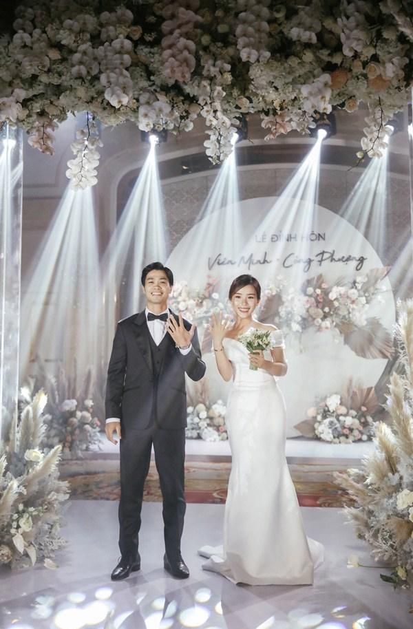 Là tiểu thư nhà giàu, vợ Công Phượng chỉ diện toàn váy áo đơn giản trong ngày cưới - 3
