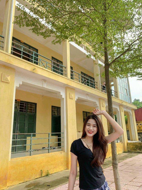 Nụ cười như thiên thần của Tân Hoa hậu Việt Nam 2020 Đỗ Thị Hà - 4