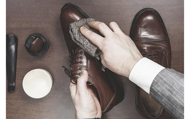 Vệ sinh giày sạch như mới đơn giản tại nhà cho mọi loại giày - 5