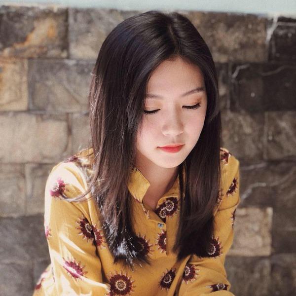 Đặng Thu Thảo chạm trán amp;#34;bản sao nhan sắcamp;#34; trên sân khấu Chung kết Hoa hậu Việt Nam 2020 - 4
