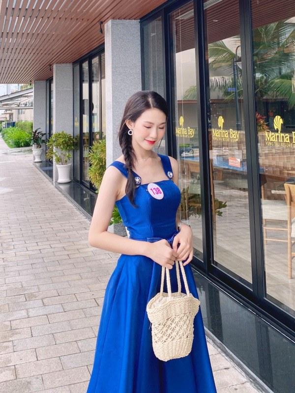 Đặng Thu Thảo chạm trán amp;#34;bản sao nhan sắcamp;#34; trên sân khấu Chung kết Hoa hậu Việt Nam 2020 - 8