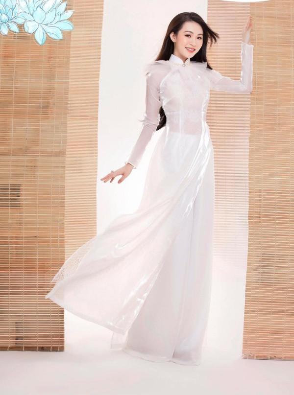 Đặng Thu Thảo chạm trán amp;#34;bản sao nhan sắcamp;#34; trên sân khấu Chung kết Hoa hậu Việt Nam 2020 - 6