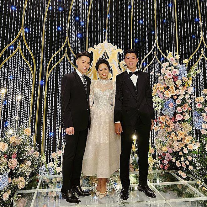 Váy cưới của hội WAGs: người mê diện đầm nửa tỉ, có người chỉ sắm váy 2 triệu - 4