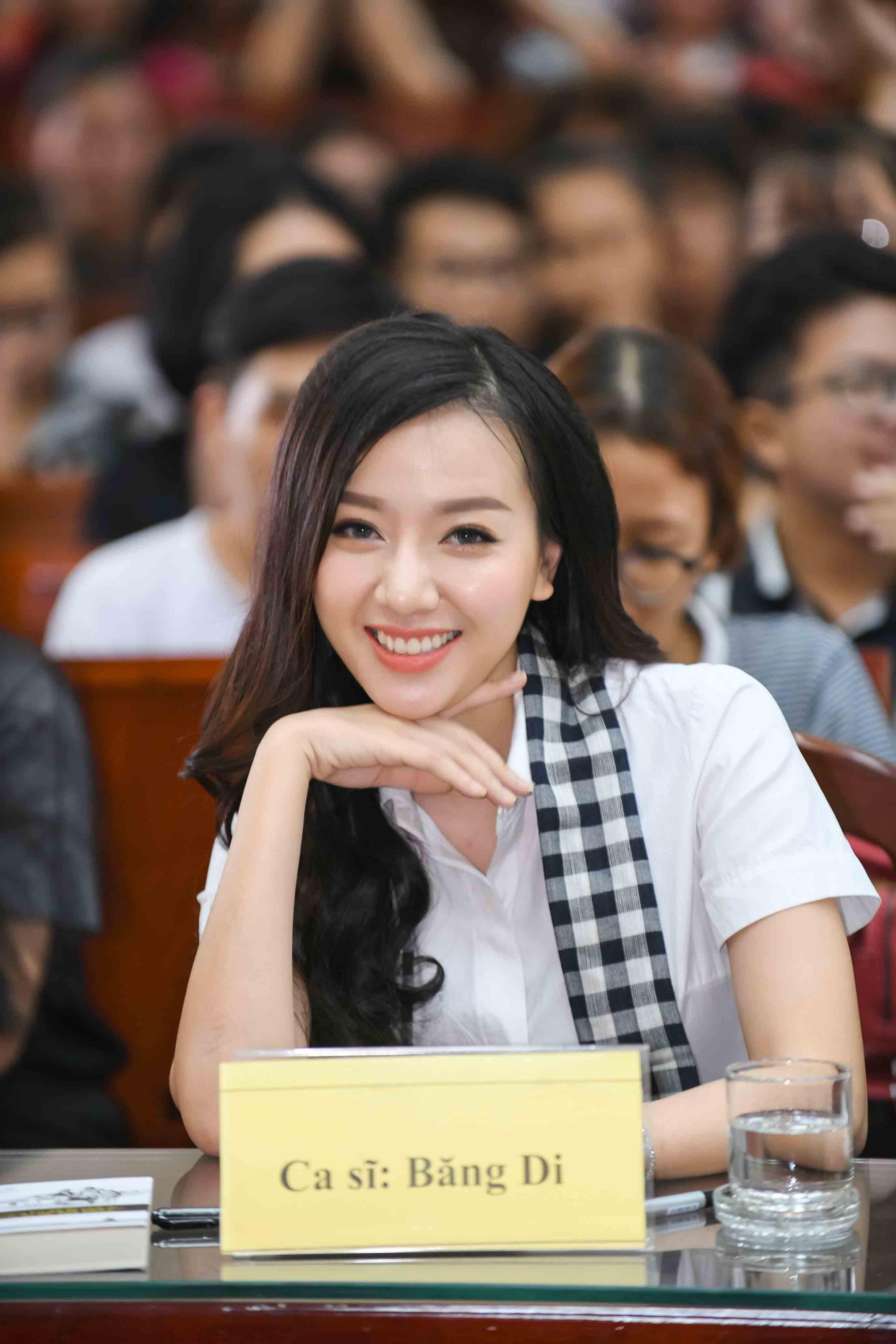 Hiếm hoi tụ họp, hội bạn thân của Hà Tăng hút sóng mạng bởi diện mạo trẻ đẹp bất chấp - 18