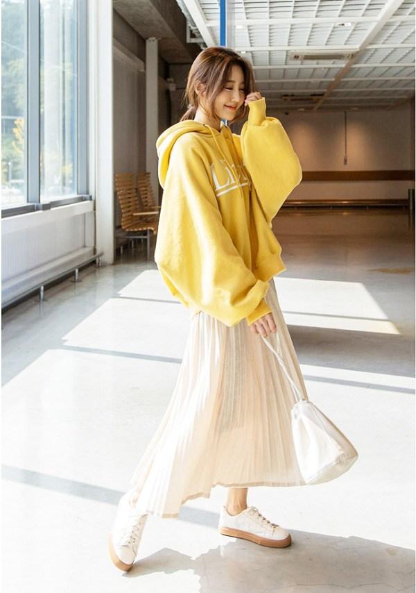 Hà Nội chuyển rét, nàng muốn mặc ấm và xinh cứ amp;#34;tăm tiaamp;#34; mấy kiểu trang phục này là chuẩn - 14
