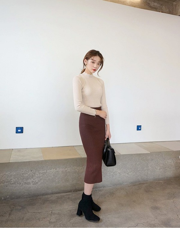 Hà Nội chuyển rét, nàng muốn mặc ấm và xinh cứ amp;#34;tăm tiaamp;#34; mấy kiểu trang phục này là chuẩn - 11