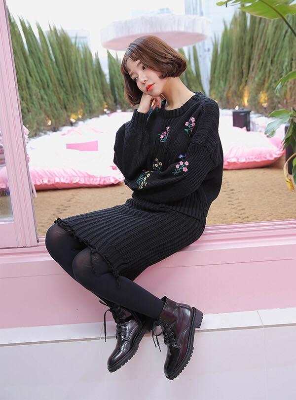 Hà Nội chuyển rét, nàng muốn mặc ấm và xinh cứ amp;#34;tăm tiaamp;#34; mấy kiểu trang phục này là chuẩn - 10