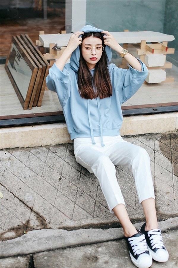 Hà Nội chuyển rét, nàng muốn mặc ấm và xinh cứ amp;#34;tăm tiaamp;#34; mấy kiểu trang phục này là chuẩn - 15