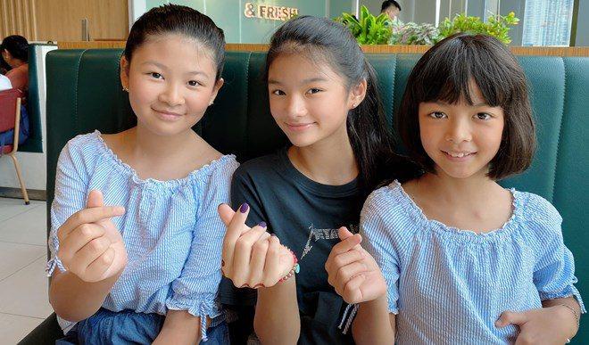 Con gái Trương Ngọc Ánh đứng cạnh một bé gái giống như chị em ruột, danh tính cũng không vừa - 7