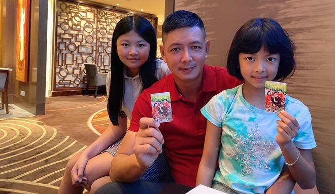 Con gái Trương Ngọc Ánh đứng cạnh một bé gái giống như chị em ruột, danh tính cũng không vừa - 6