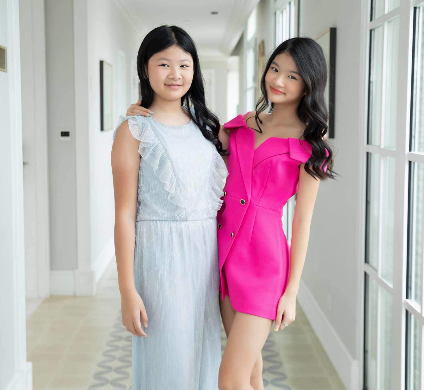 Con gái Trương Ngọc Ánh đứng cạnh một bé gái giống như chị em ruột, danh tính cũng không vừa - 3